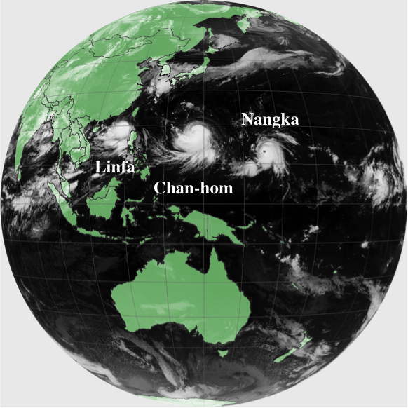 Fig. 1: Typhoons Linfa, Chan-hom and Nangka seen simultaneously from the Himawari-8 satellite. (July 7th, 2015 at 00:00 UTC)